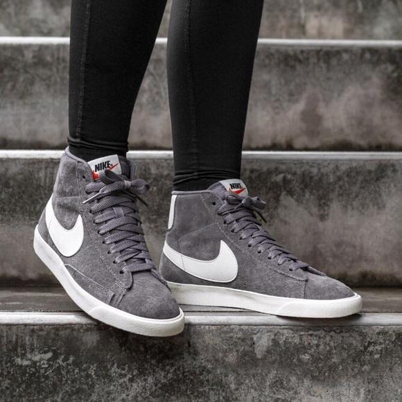 best sneakers 9422a 00f3b Women s Nike Blazer Mid Vintage Sneakers